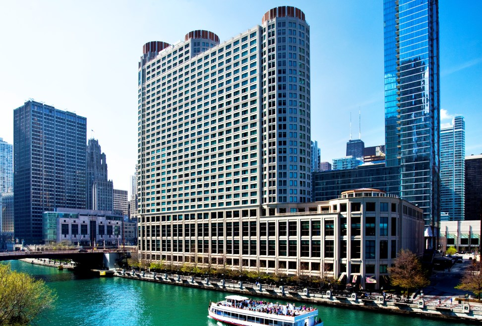 Windy city getaways starwood hotels of chicago for Chicago resorts